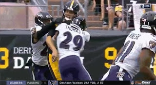 Earl Thomas hits steelers quarterback Mason Rudolph
