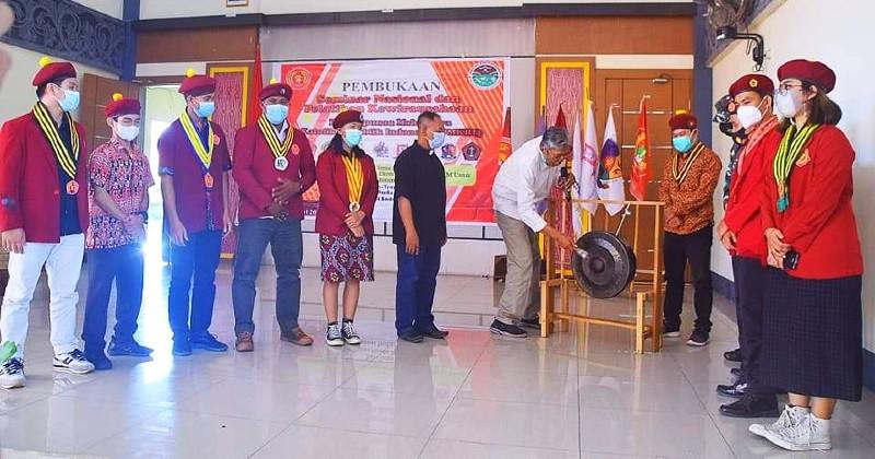 Bupati Sintang Buka Kegiatan Seminar dan Pelatihan Kewirausahaan PMKRI Kalimantan Barat