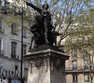 Statue de Danton sur le boulevard Saint Germain, proche de son lieu de résidence