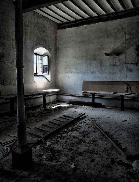 Convento conceicionista abandonado na diocese de Siguenza-Guadalajara