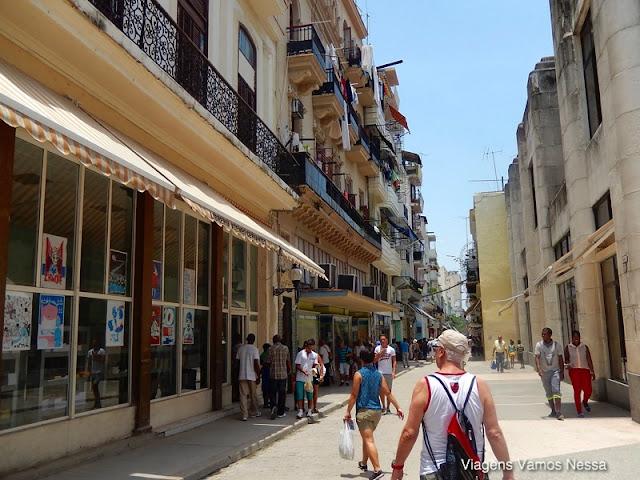 Calle Obispo, centro de Havana, Cuba