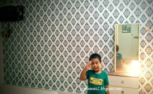 Wallpaper Kaison Senang & Mudah dipasang.