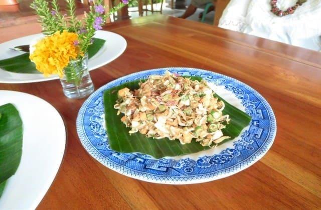 Resep Karedok, Makanan dari Sayuran Segar yang Rasanya Bikin Nagih