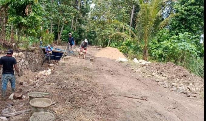 Pembangunan Rehabilitasi Jaringan di Desa Way Mada Jaya Terkesan Asal Jadi, LSM UMI: Ini Akibat Minim Pengawasan