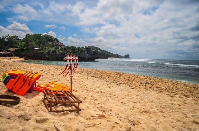 Pantai Ngandong, Spot Bagus Buat Feed Instagram-mu