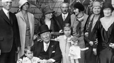 25 حقائق وأساطير عن عائلة روكفلر