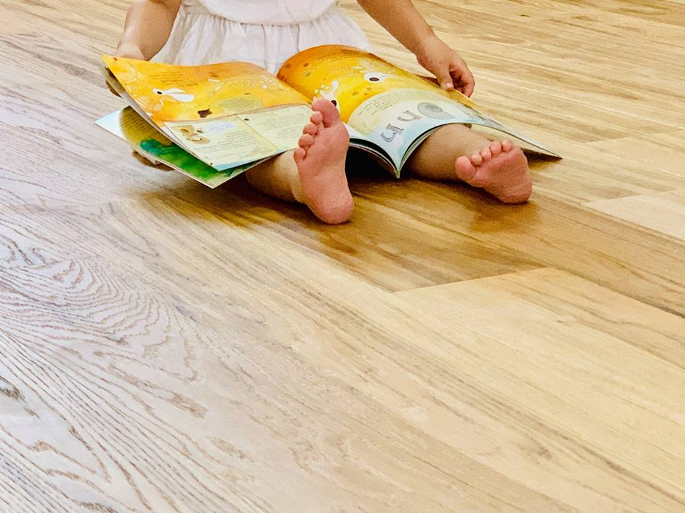 德屋木地板-小腳丫踩的更安心