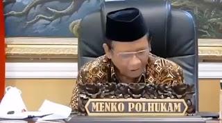 Mahfud MD Coba Jelaskan Corona Dalam Bahasa Inggris, Netizen Langsung Ngakak