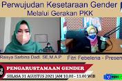 Ketua TP-PKK Kabupaten Melawi Raisya Sarbina Dadi mengikuti Siaran Langsung PRO 1 RRI pontianak