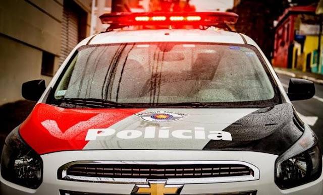Dupla amarra idoso de 62 anos para assaltar casa em Bastos