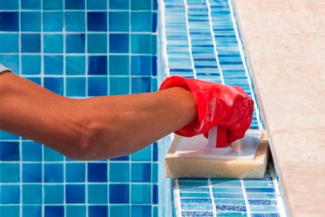 reparar gresite piscina