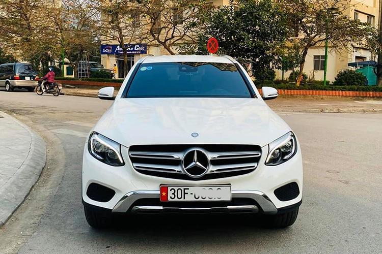 Mercedes-Benz GLC 250 đời 2017 rao bán hơn 1,5 tỷ ở Hà Nội