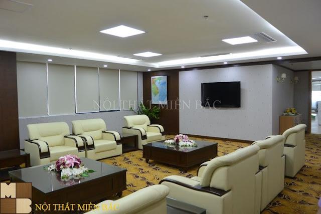 Tùy vào từng không gian thiết kế nội thất phòng khánh tiết mà lựa chọn những bộ bàn ghế thật công năng