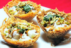 Top Spots for Eating Chaat in Delhi