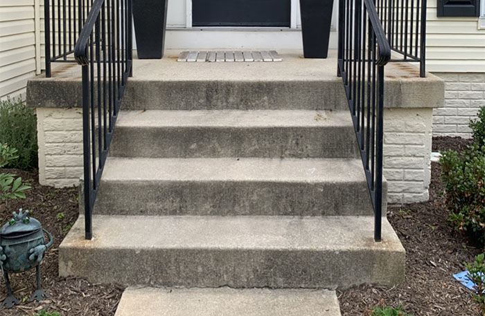 How to clean dirty concrete steps with a pressure washer