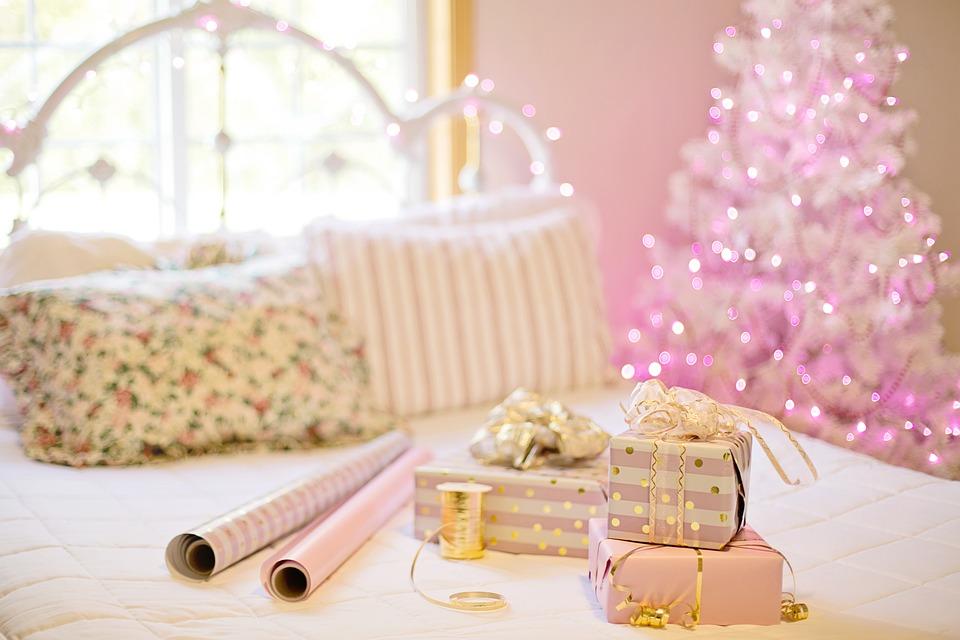 pakowanie prezentów, prezenty na święta
