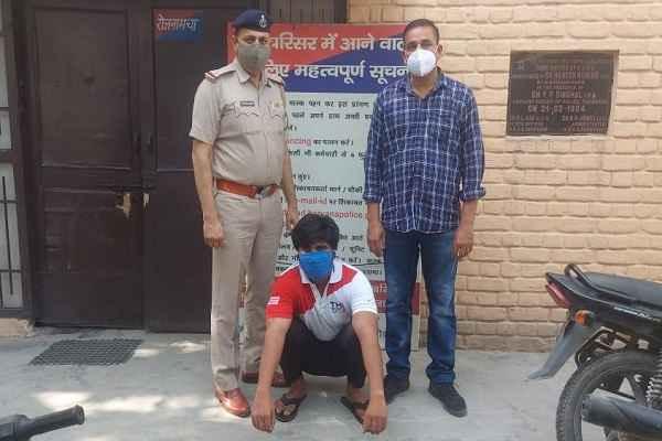 crime-branch-uncha-gaon-arrested-accused-vishwas-bhola