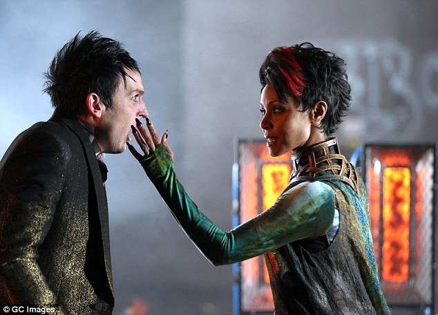 Lido shuffle static thoughts 8 questions about gotham for Who is fish mooney