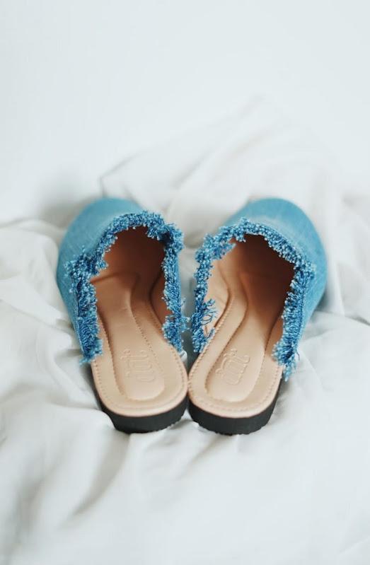 sepatu-dan-sandal-denim-wanita (3)