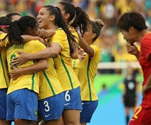 Brasil estreia nos Jogos com vitória sobre a China no futebol feminino