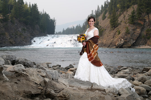 Elope in Banff: Elope in Banff / Lake Louise, Destination Elopement Wedding Planners