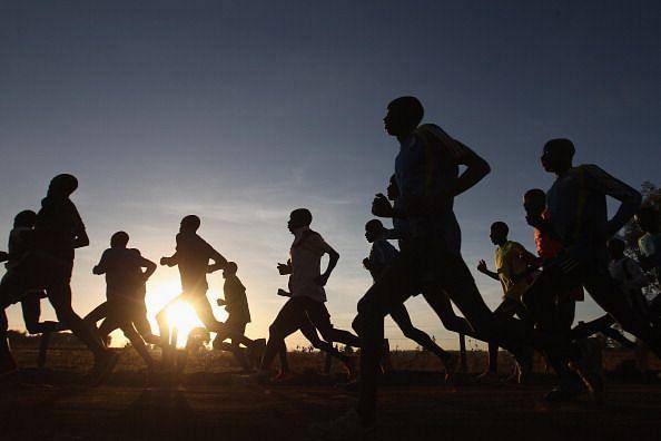 दौड़ने की Speed कैसे बढ़ाये – Fast Running Tricks in Hindi