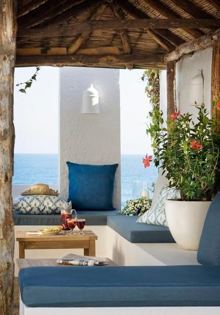 Ideas To Create a Mediterranean Terrace 2