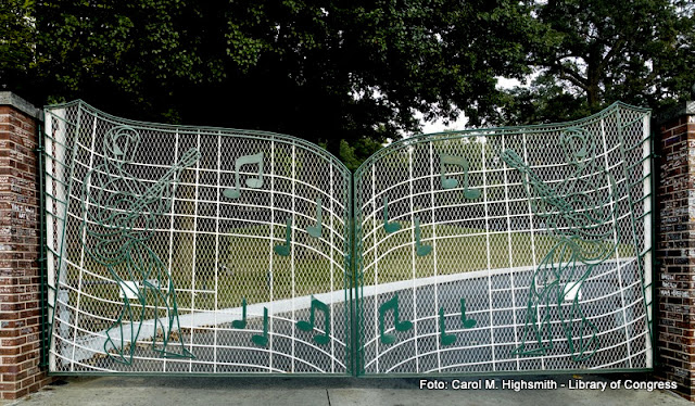Os portões musicais de Graceland