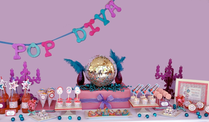 A Superstar Pop Diva Birthday Party - via BirdsParty.com