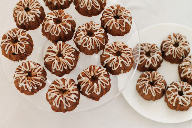 Food Lust People Love: This weicher lebkuchen or soft German gingerbread recipe is a lovely spice cake made without molasses so it will really appeal to those who aren't fans of the darker, molasses-y gingerbread. It uses a bit of honey, grated chocolate and lots of spices for delicious Christmasy flavor.