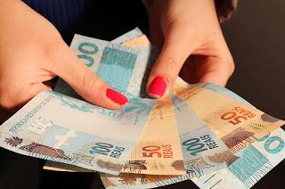 http://vnoticia.com.br/noticia/2625-estado-do-rio-esta-a-um-passo-de-receber-recursos-para-quitar-13
