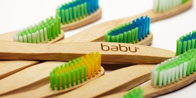 Escovas de dentes Babu