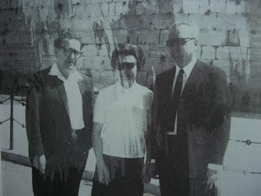 A Jerusalem avec le ministre israélien Yisrael BarzilaÏ