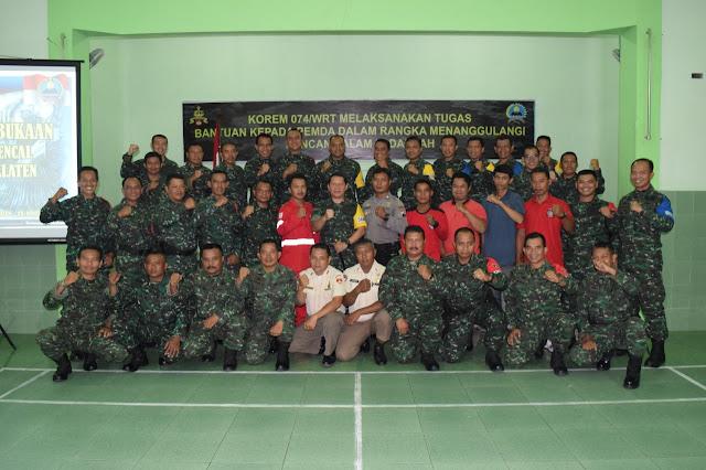 Foto Bersama Perserta Latihan Penanggulangan Bencana Alam