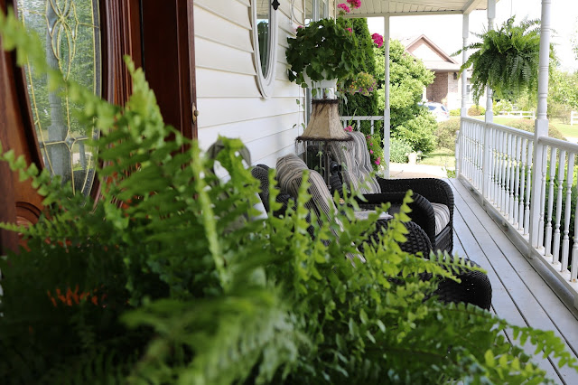 Touring a gorgeous modern victorian home in crown point indiana