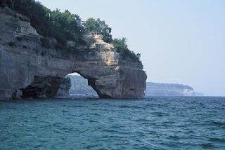 biggest freshwater found in Lake Superior