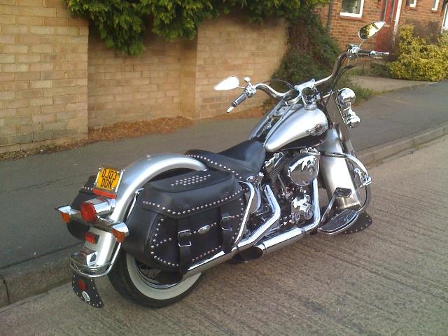 Harley Davidson Log: Bill's Log: Harley Davidson Heritage Softail Classic