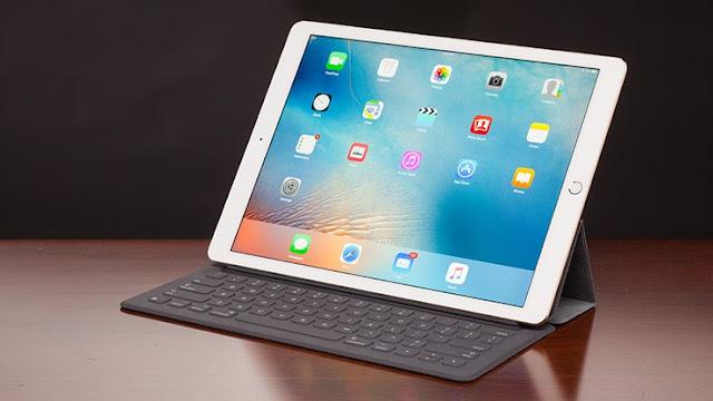 آبل تسخر من ويندوز بأن iPad Pro لا يحصل على أية فيروسات!