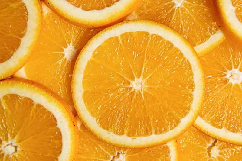 هل عصير البرتقال مضر