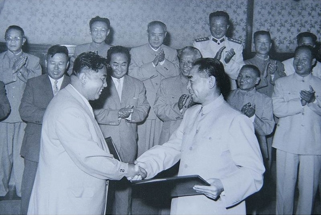 DPRK-PRC treaty signing July 11, 1961