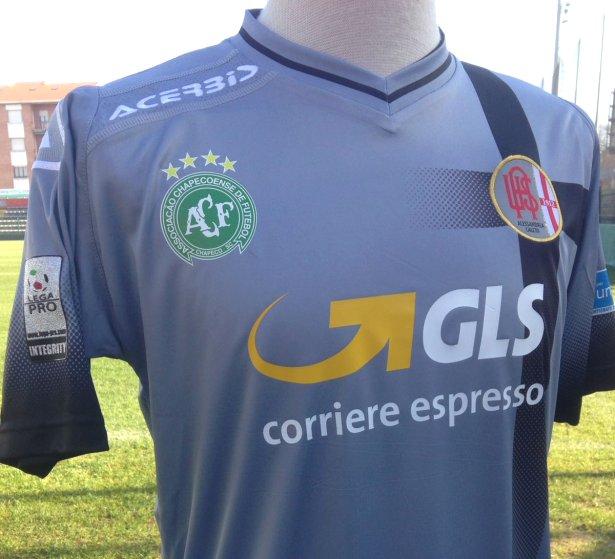 Alessandria homenageará a Chapecoense em sua camisa - Show de Camisas 1072dcb52ef90