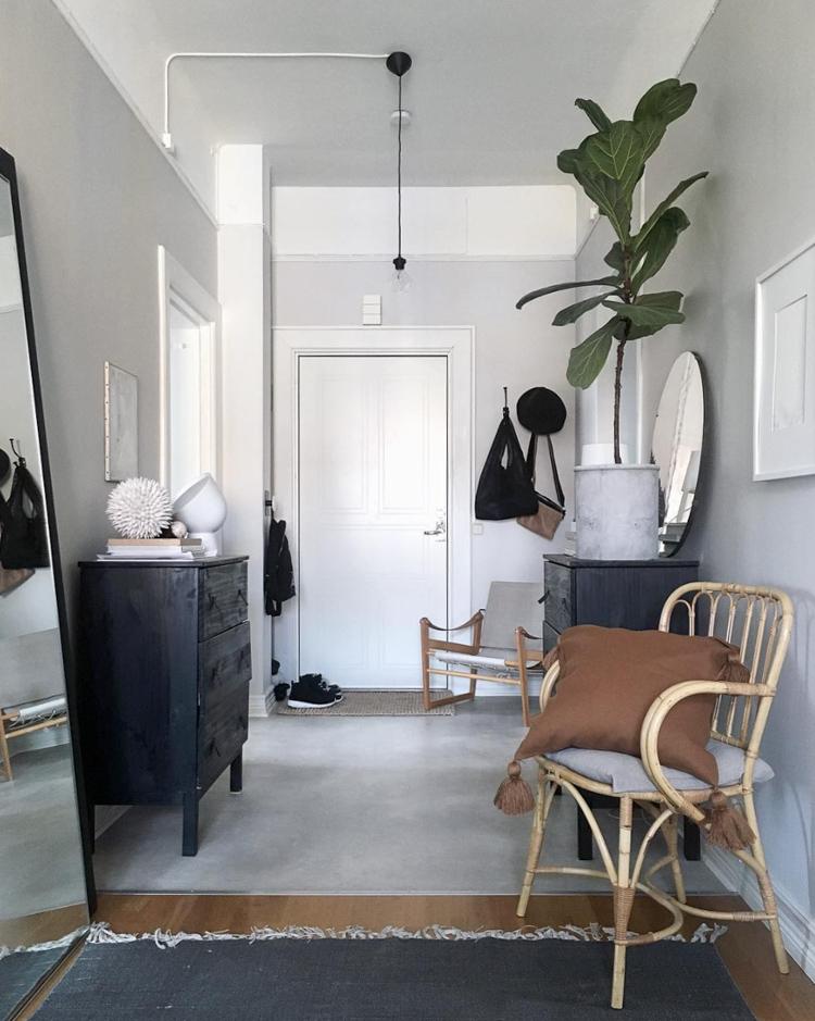 Entrada en blanco y negro de estilo nórdico