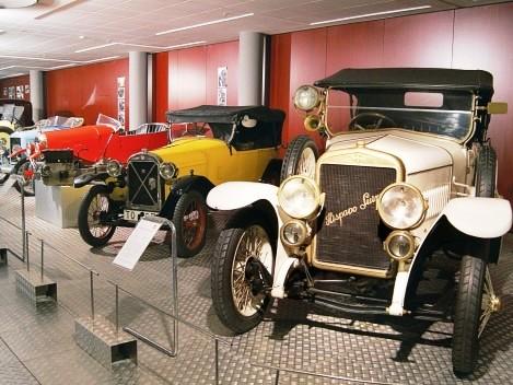 top-7-malaga-museums-museo-automovilistico-malagatrips