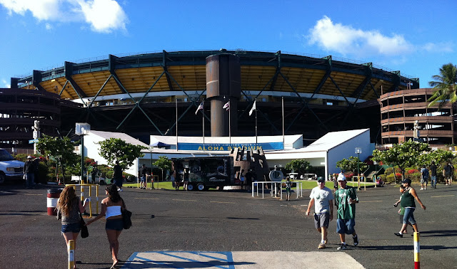 TASTE OF HAWAII: ALOHA STADIUM - HAWAII WARRIOR FOOTBALL
