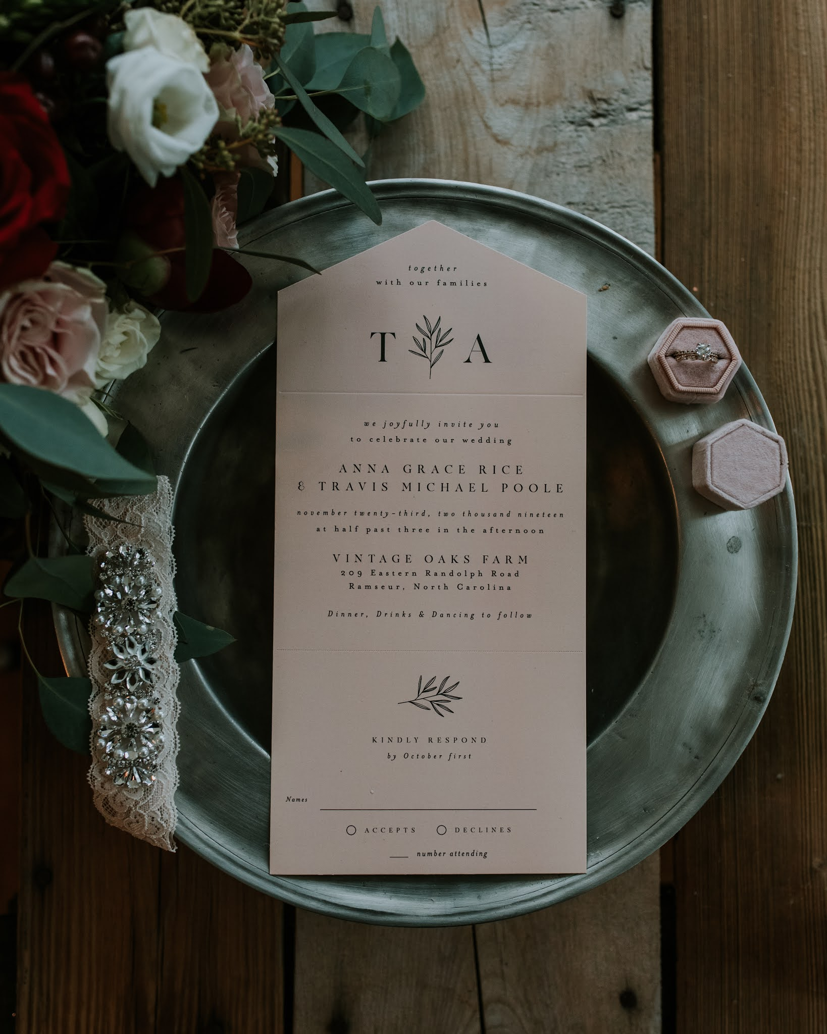 rustic wedding day details photography