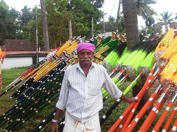 ombrelles festival hindou