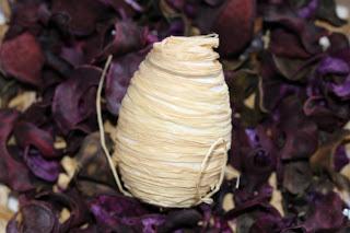 Veľkonočné vajíčka - s lykom viazane