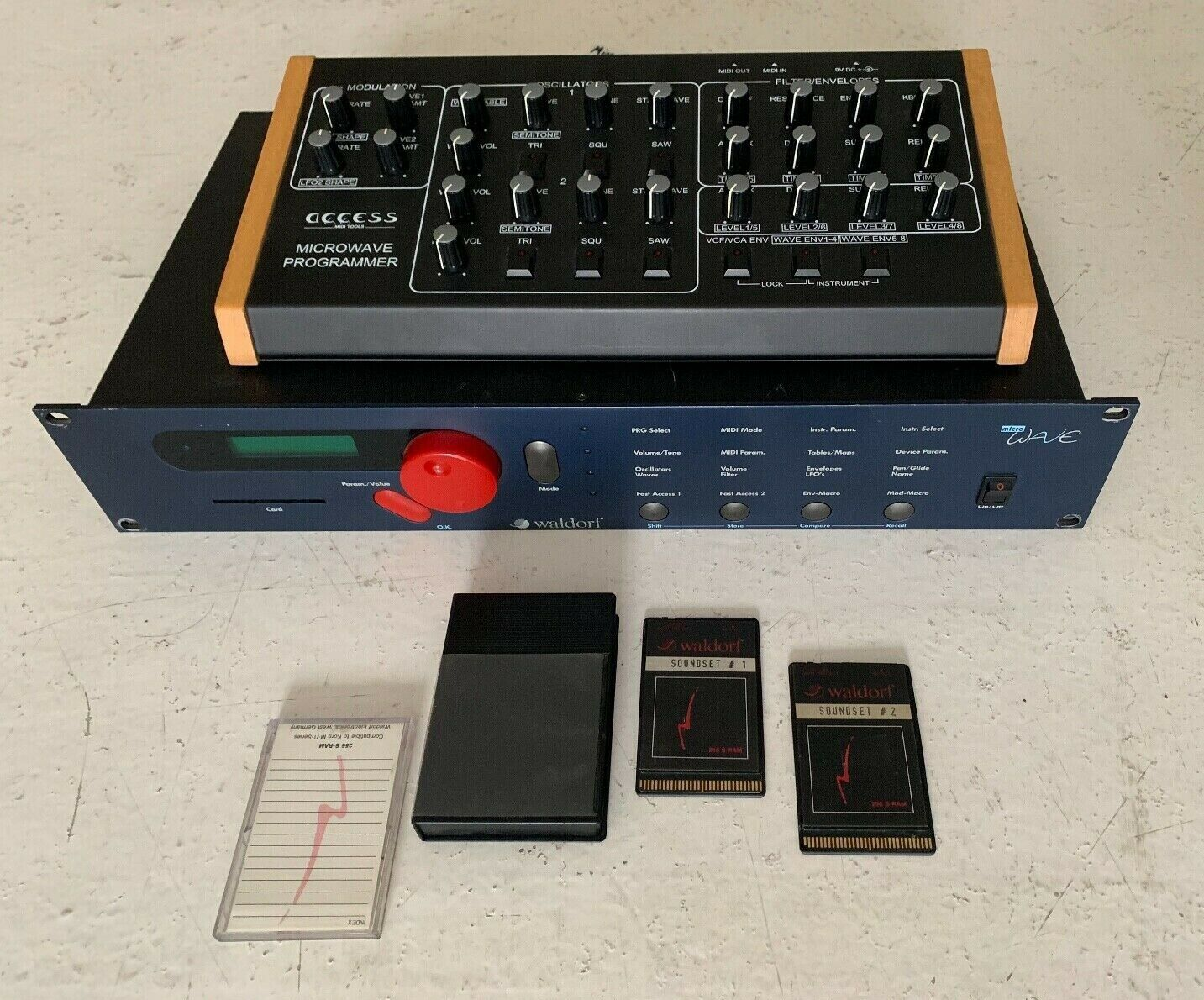 Access Instr matrixsynth: waldorf microwave 1 synth (rev a, 2.0 os) +