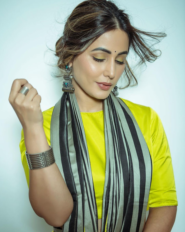hina khan flaunts her bold style in diwali - newsdezire