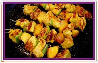 Kuřecí špízy s nektarinkami - Recepty a vaření